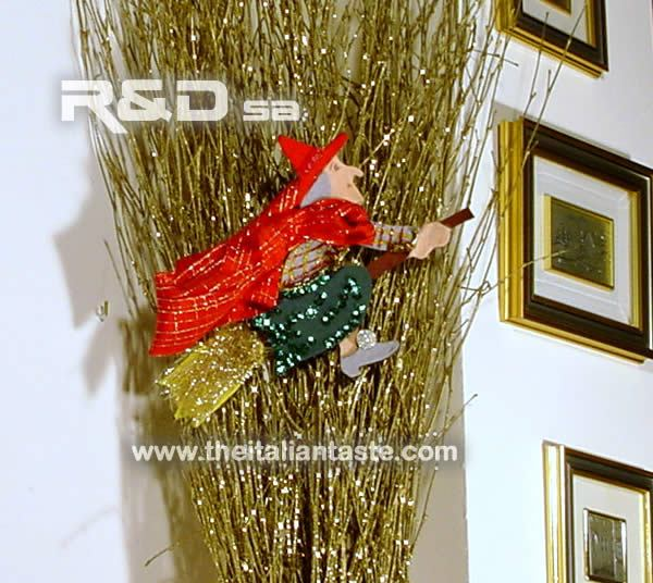 Befana on the besom epiphany decoration for Decoration epiphanie